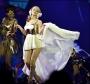 """Kylie Minogue em 3D nos cinemas brasileiros + Megamix do box """"The Albums 2000-2010"""""""